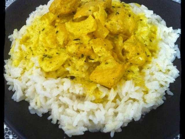 les meilleures recettes de poulet au curry et riz. Black Bedroom Furniture Sets. Home Design Ideas