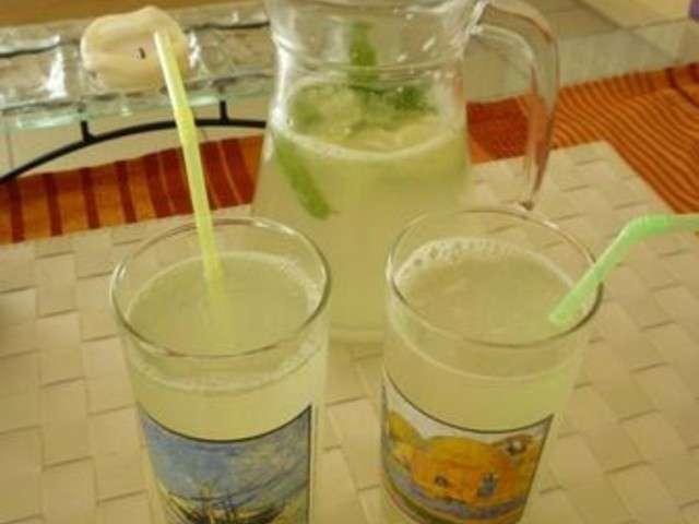 recettes de limonade de a vos tabliers pr ts cuisinez. Black Bedroom Furniture Sets. Home Design Ideas
