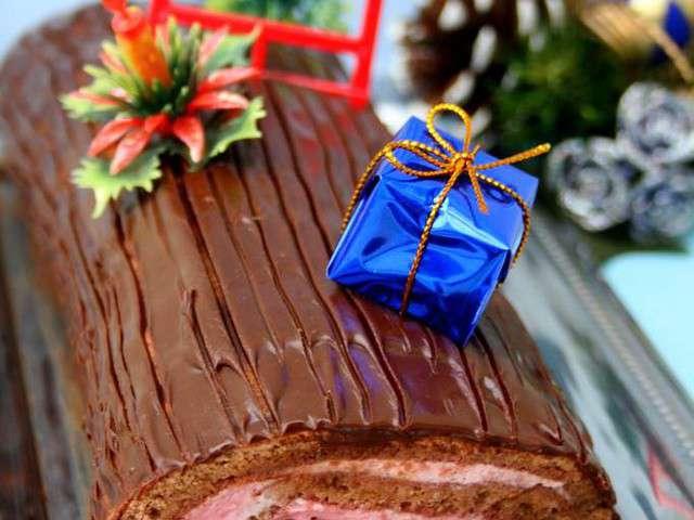 Recettes de mousse de framboise de amandine cooking for Buche a la mousse au chocolat