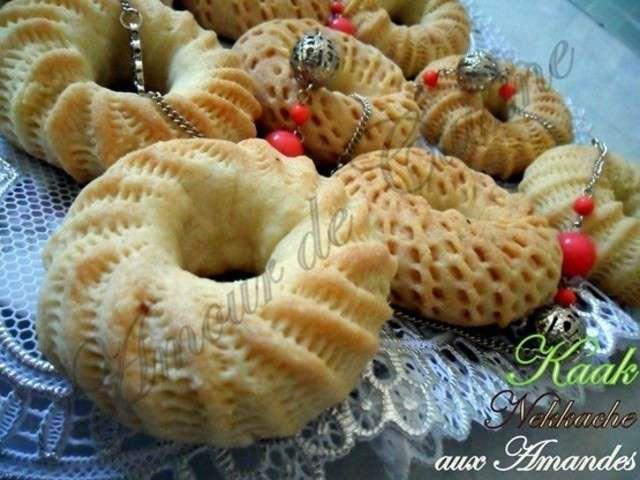 Recettes de kaak et g teaux alg riens 2 for Amoure de cuisine chez ratiba