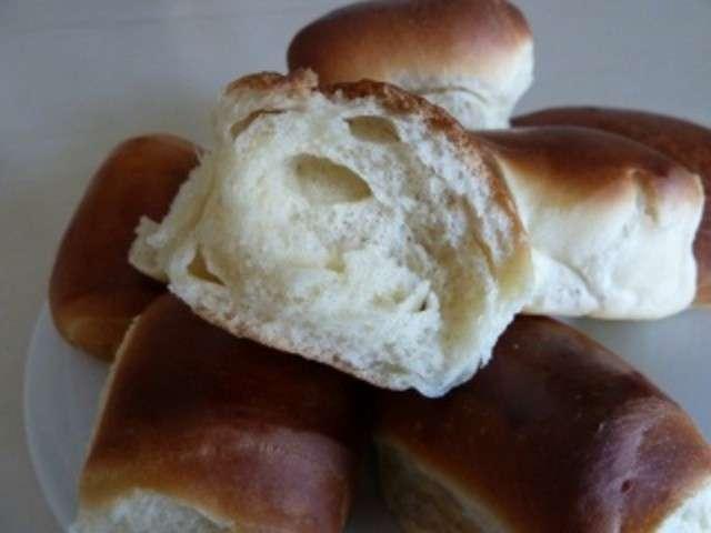 Recettes de petit pain brioche au lait - Recette de pain au lait ...
