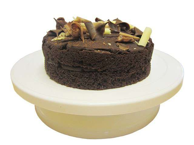 Debuter Cake Design