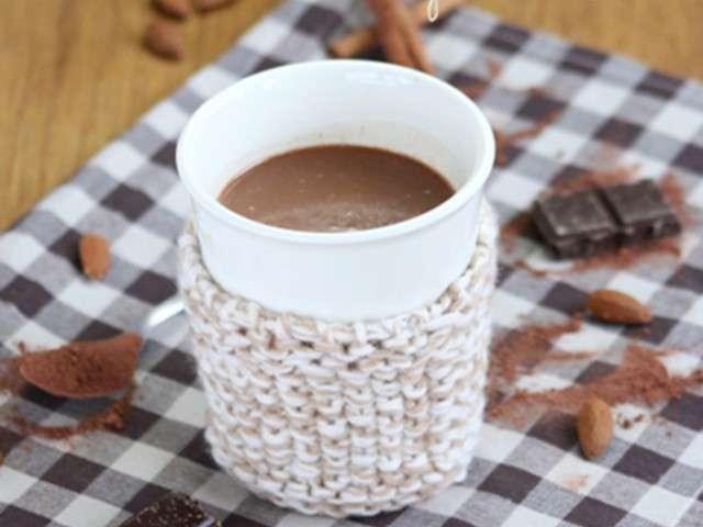 recettes de chocolat chaud et amande. Black Bedroom Furniture Sets. Home Design Ideas