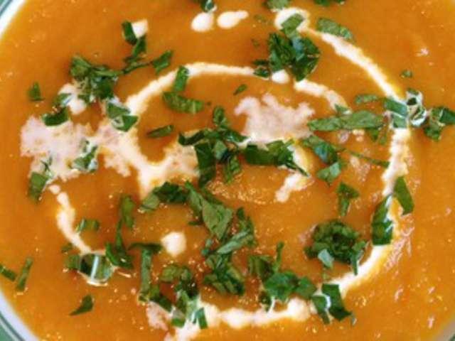 recettes de soupe de carottes et carottes. Black Bedroom Furniture Sets. Home Design Ideas