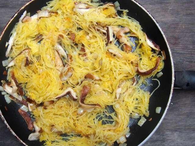 Recettes de courge spaghetti et courge - Cuisiner la courge spaghetti ...