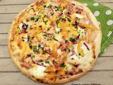 Pizza poulet-bacon sauce moutarde et miel / Chicken and bacon pizza with its honey-mustard sauce