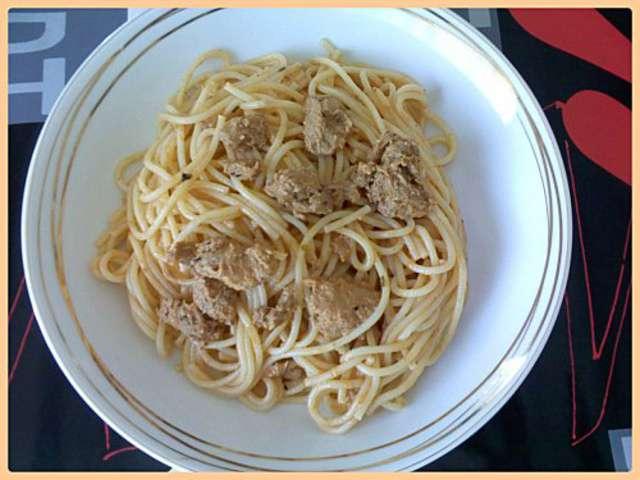 recettes de spaghetti de d lices de tous les jours. Black Bedroom Furniture Sets. Home Design Ideas