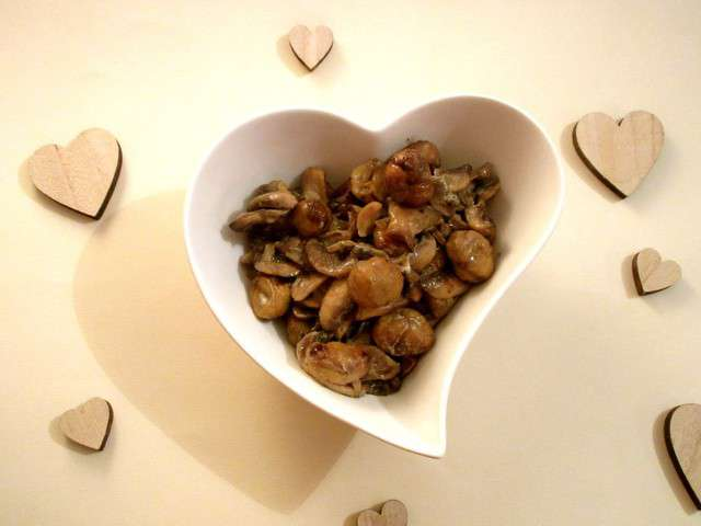 Recettes de poelee de champignons - Champignon de paris recette poelee ...