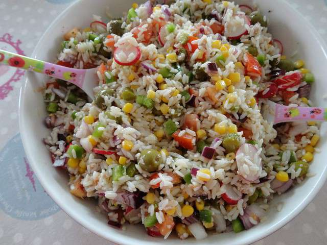 Les meilleures recettes de salade de riz et pique nique for Eliminer les vers des salades