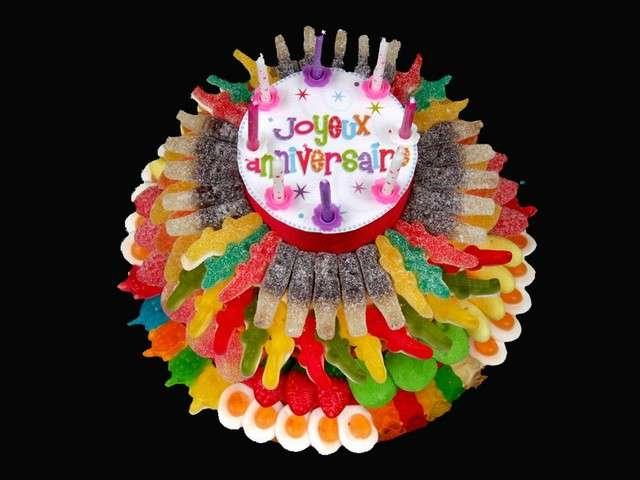 Les meilleures recettes d 39 anniversaire de gateaux bonbons - Decoration en bonbon pour anniversaire ...
