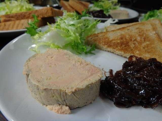 Les meilleures recettes de foie gras au torchon - Foie gras au torchon maison ...