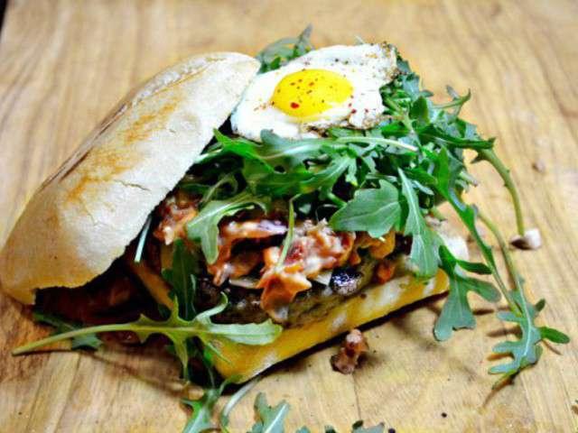 les meilleures recettes de burger et champignons. Black Bedroom Furniture Sets. Home Design Ideas