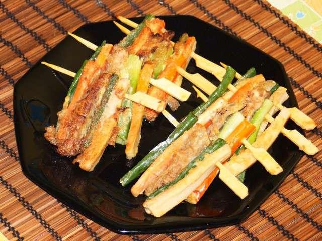 Cuisine-coreenne-sanjeok-gotchi-brochettes-de-viande-et-legumes