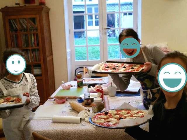 recettes de cuisine pour les enfants et pizza. Black Bedroom Furniture Sets. Home Design Ideas