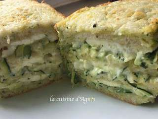 Croque cake courgette chèvre pesto