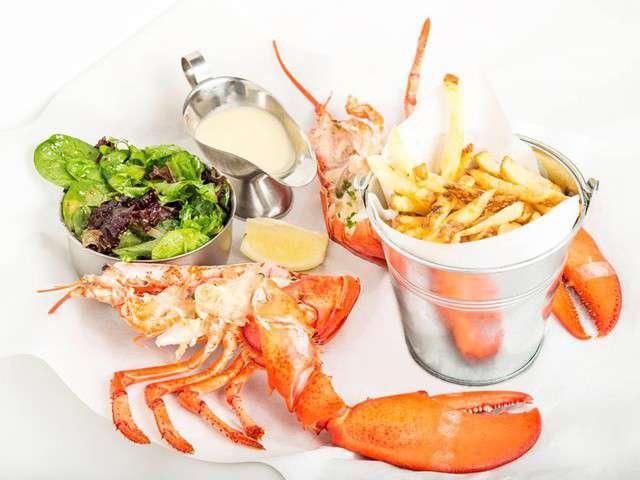recettes de homard de la cuisine des chefs. Black Bedroom Furniture Sets. Home Design Ideas