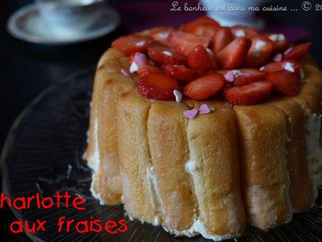 Recettes de charlotte aux fraises de le bonheur est dans for Le bonheur dans la cuisine