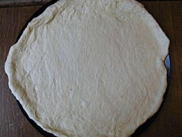 Recettes de pizza de le gribouillou - Veritable pate a pizza ...