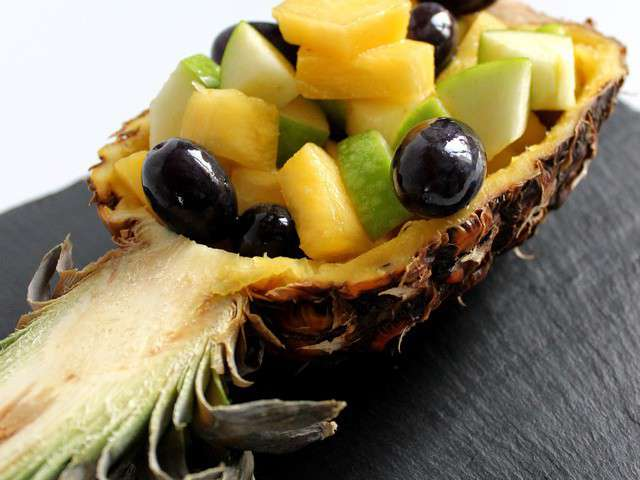 salade-de-​fruits-ana​nas-granny​-raisin.64​0x480