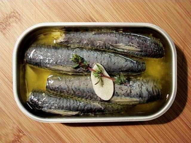 recettes de sardines de le sot l 39 y laisse. Black Bedroom Furniture Sets. Home Design Ideas