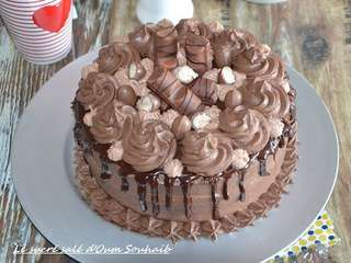 Layer cake kinder bueno (recette facile)