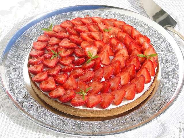 recettes de verveine et tarte aux fraises. Black Bedroom Furniture Sets. Home Design Ideas