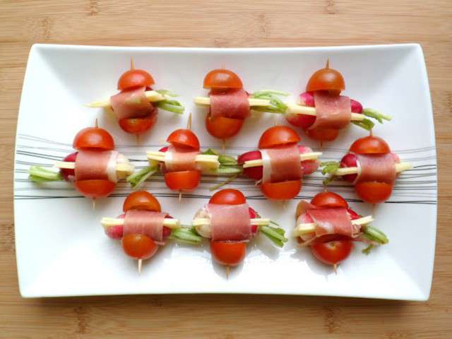 Recettes de mini brochettes - Brochettes aperitives sans cuisson ...