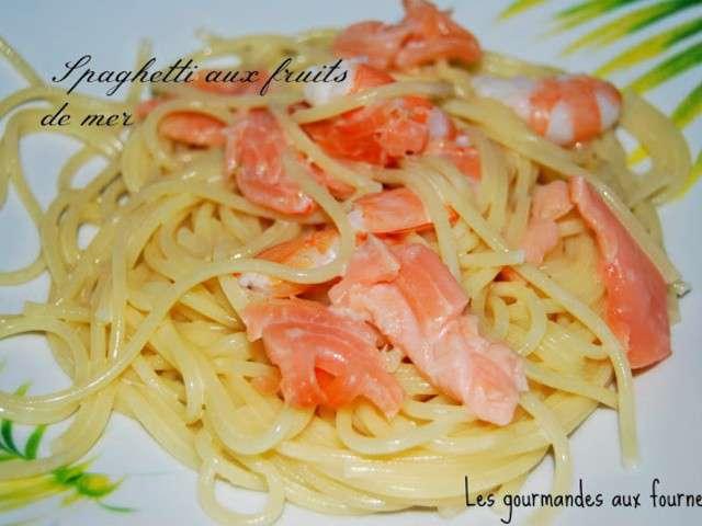 Recettes de spaghetti aux fruits de mer de les gourmandes aux fourneaux - Spaghetti aux fruits de mer ...