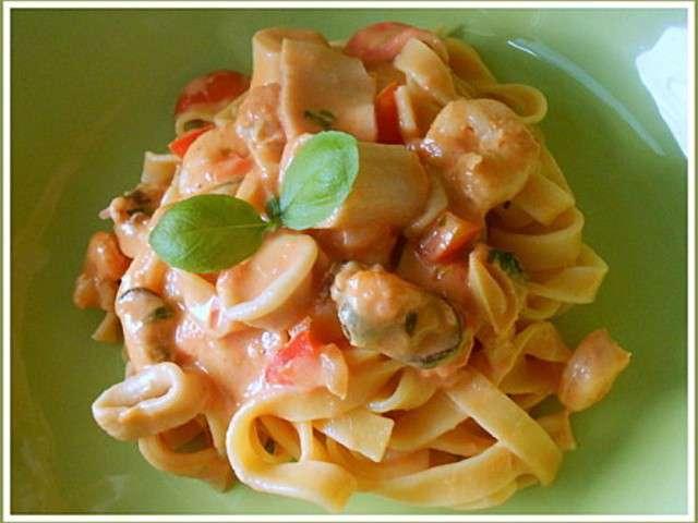 Recettes de fruits de mer 35 - Tagliatelles aux fruits de mer recette italienne ...