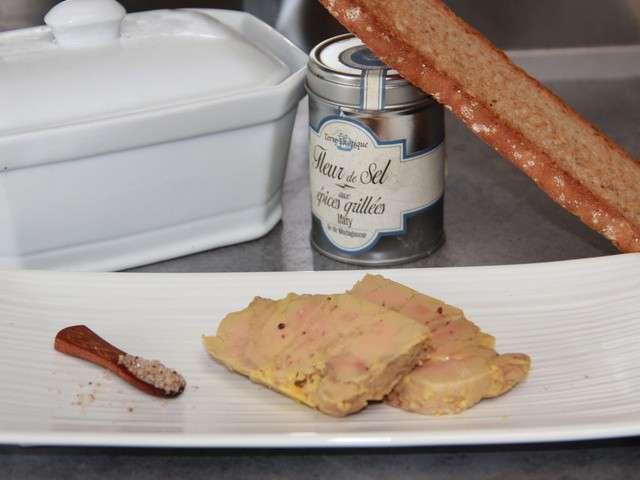 recettes de foie gras maison de les petits plats de candida. Black Bedroom Furniture Sets. Home Design Ideas