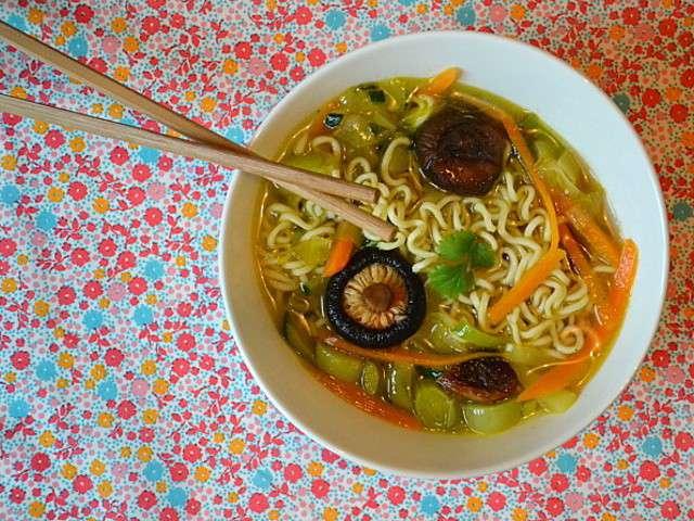 Les meilleures recettes de shiitake et soupe - Blog recette de cuisine asiatique ...