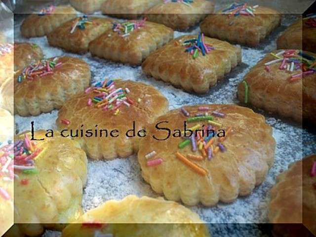 Recettes de g teaux alg riens de la cuisine de sabrina 8 for Notre cuisine algerienne