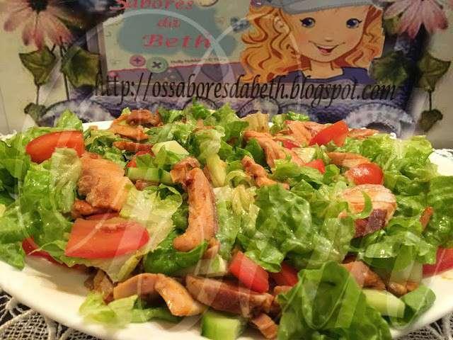Recettes d 39 aiguillettes de poulet et salades for Eliminer les vers des salades