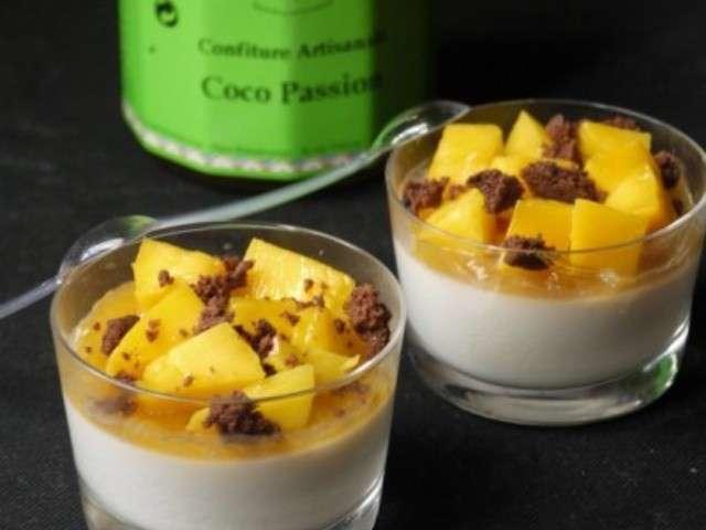 recettes végane -  Sujet unique : Recettes Vegan pour tous ! Panna-cotta-au-lait-de-coco-confiture-mangue-passion-touche-chocolatee.640x480