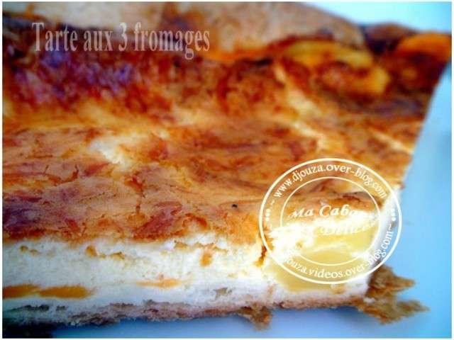 recettes de tarte salee aux 3 fromages de cuisinez avec djouza. Black Bedroom Furniture Sets. Home Design Ideas