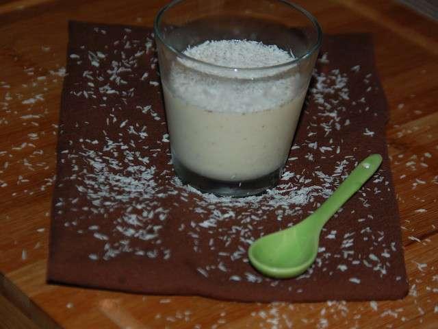 recettes de blanc manger et blanc manger coco. Black Bedroom Furniture Sets. Home Design Ideas