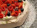 Pavlova fruits rouge basilic et citron