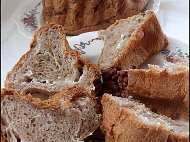 Cake Lardons Et Boursin Noix