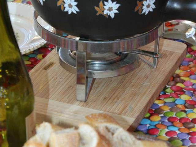 recettes de fondue savoyarde 2. Black Bedroom Furniture Sets. Home Design Ideas