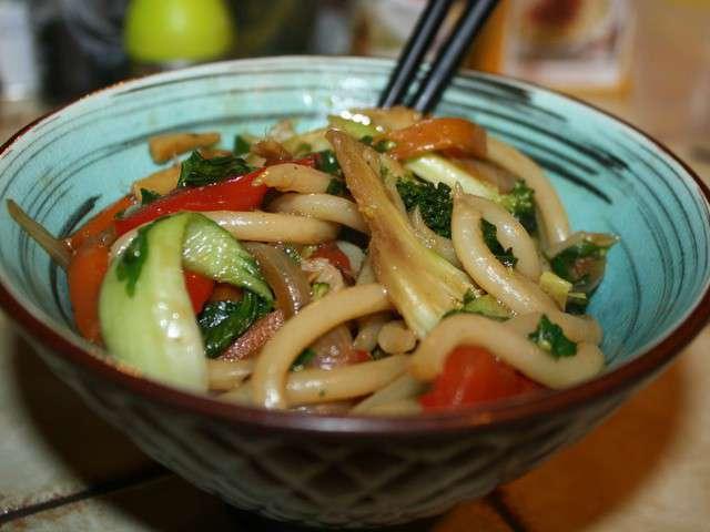 Les meilleures recettes d 39 udon - Cuisiner les germes de soja ...