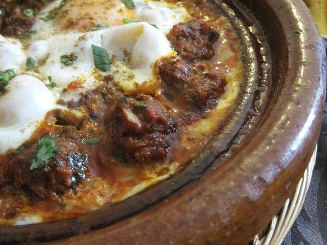 moroccan-kefta-tagine-with-tomato-and-eggs-tajine-kefta-marocain-aux ...