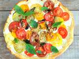 Tarte aux tomates multicolores, chèvre, pignons de pin et basilic (Multicolored tomato tart, goat cheese, pine nuts and basil