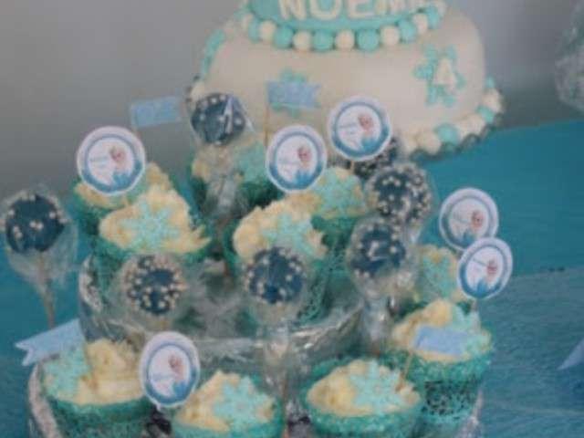 Recettes de reine des neiges et cupcakes for Table exterieur reine des neiges