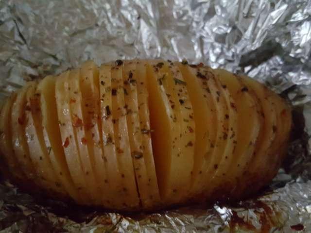 Recettes de barbecue et pomme de terre - Pommes de terre a la braise ...
