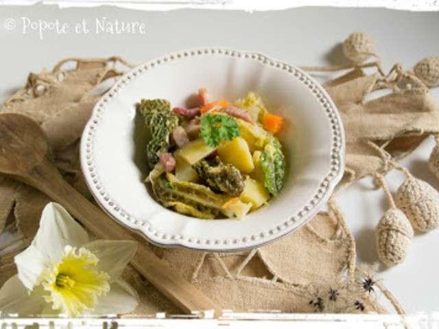 Recettes de pot e et chou vert - Comment cuisiner un choux vert ...