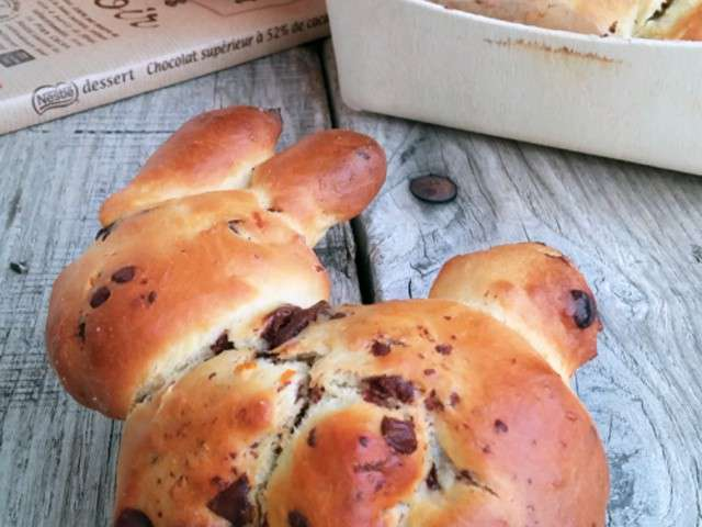 how to eat chocolate brioche