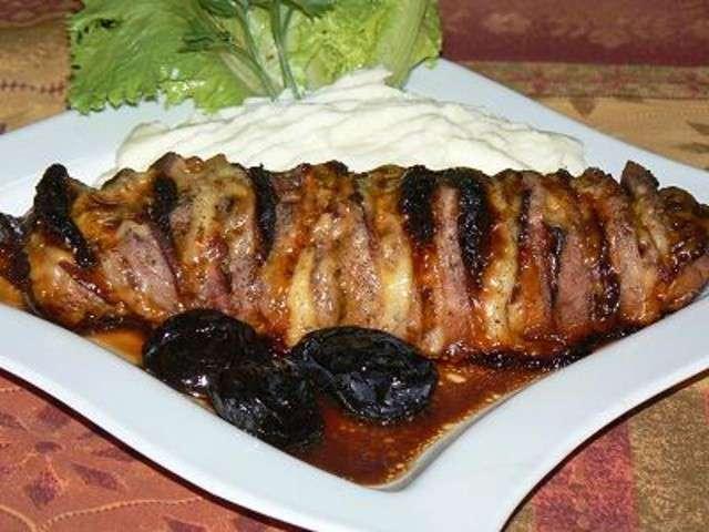 Les meilleures recettes de r ti de porc et pruneaux - Roti de porc orloff maison ...