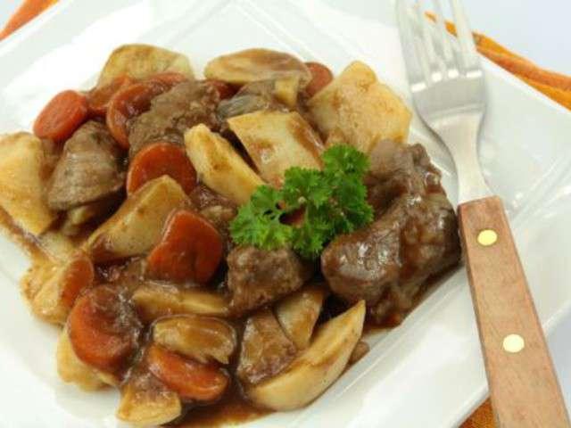 Recettes de mijoteuse et b uf bourguignon - Cuisine a la mijoteuse ...