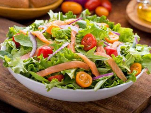 Recettes de salade de saumon fum - Salade pomme de terre saumon fume ...