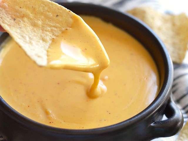 Recettes de nachos et sauces - Sauce fromage pour tacos ...